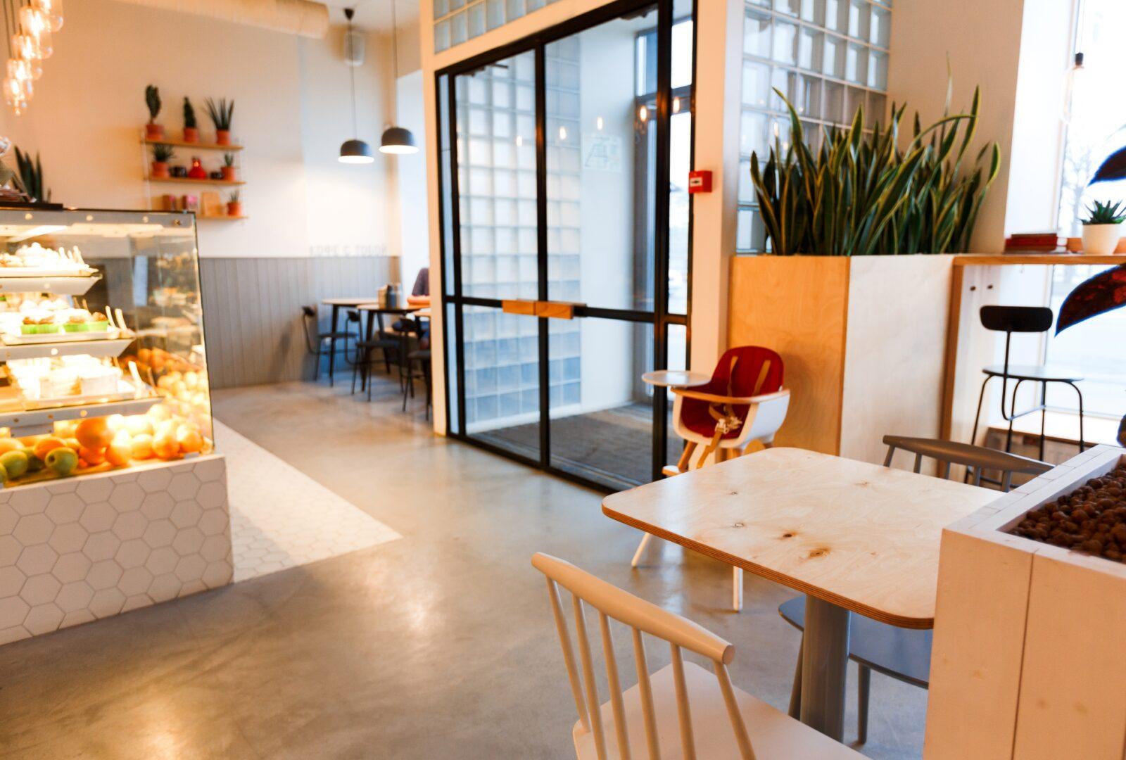 繁盛するパン屋のポイントはおしゃれ!内装デザインのポイントと内装工事費用